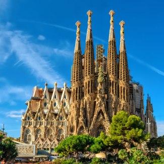 sagrada-familia-cathedral-barcelona-catholic-architecture-r