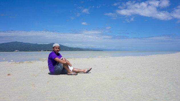 A fine day at Manjuyod Sandbar, Negros Oriental