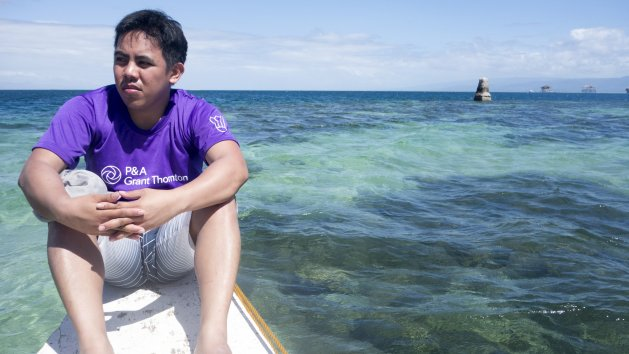Going solo at Bais Bay, Negros Oriental